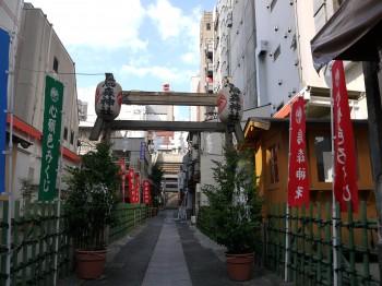 烏森神社 参道