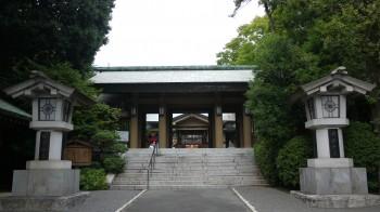 東郷神社門