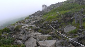御嶽神社9合目付近登山道