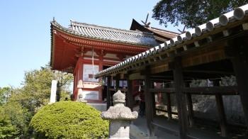吉備津神社門