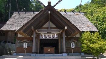 高家神社拝殿