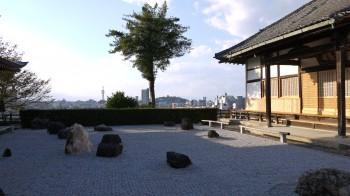 天寧寺庭からの眺め