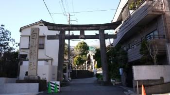 白山神社入り口