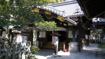 白雲神社本堂