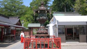 塩釜神社文化燈籠