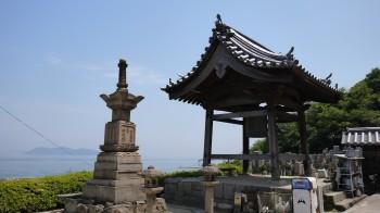 医王寺の鐘楼