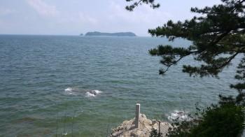 八百富神社から海