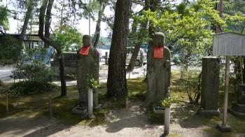 智恩寺地像