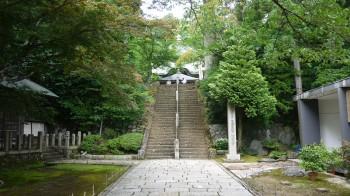 松尾寺境内