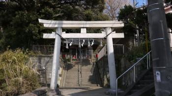 諏訪神社入口