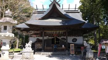 富士御室浅間神社拝殿