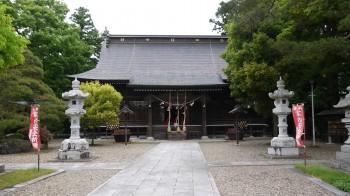 鳥谷崎神社拝殿