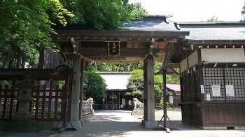 日高神社神門