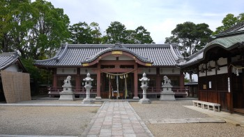 百済王神社拝殿