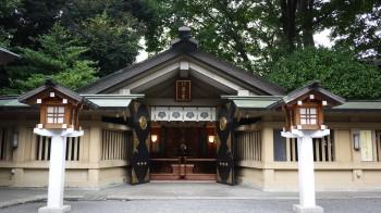 東郷神社海の宮
