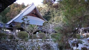 瑠璃光寺本堂
