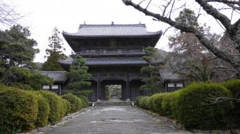 東光寺三門