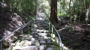 磨崖仏階段