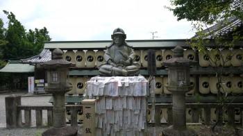 大石神社内蔵助像