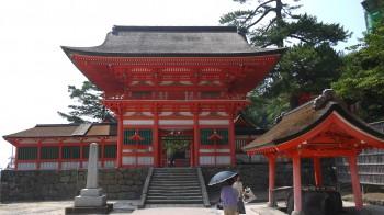 日御碕神社門