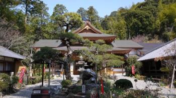 油山寺宝生殿