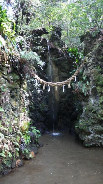 油山寺瑠璃の滝