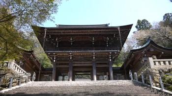 伊奈は神社楼門