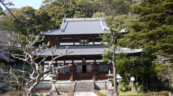 生見寺本堂