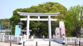白旗神社入り口