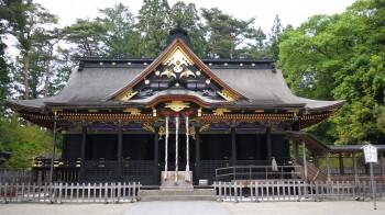 大崎八幡宮拝殿