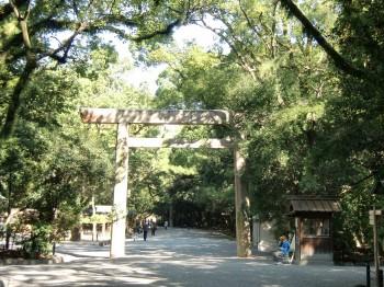 熱田神宮鳥居