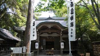 八百富神社本殿