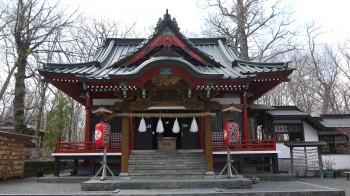山中諏訪神社拝殿