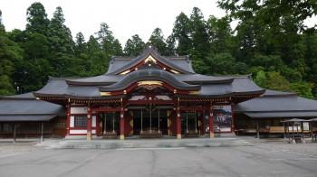 盛岡八幡宮拝殿