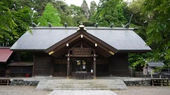 岩手護国神社拝殿