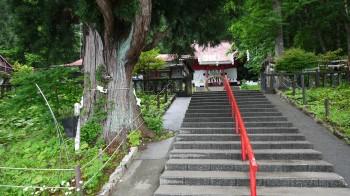 御座石神社石段