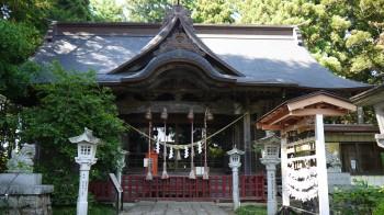 涼ケ岡八幡拝殿