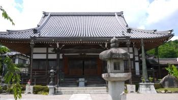 西連寺本堂
