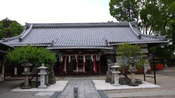 形埜神社拝殿